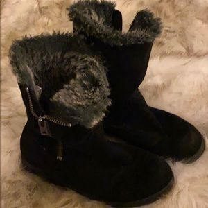 Flat Suede furry boots!